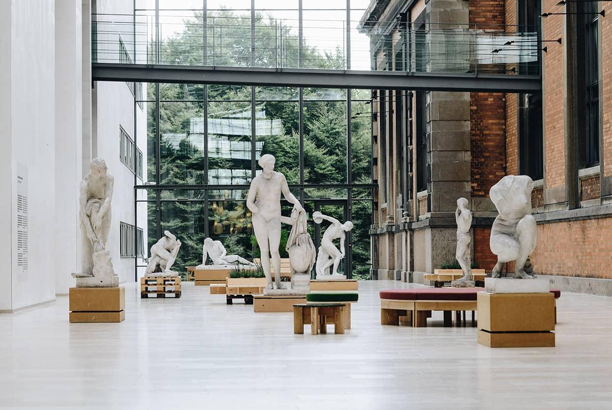 raised floor museums